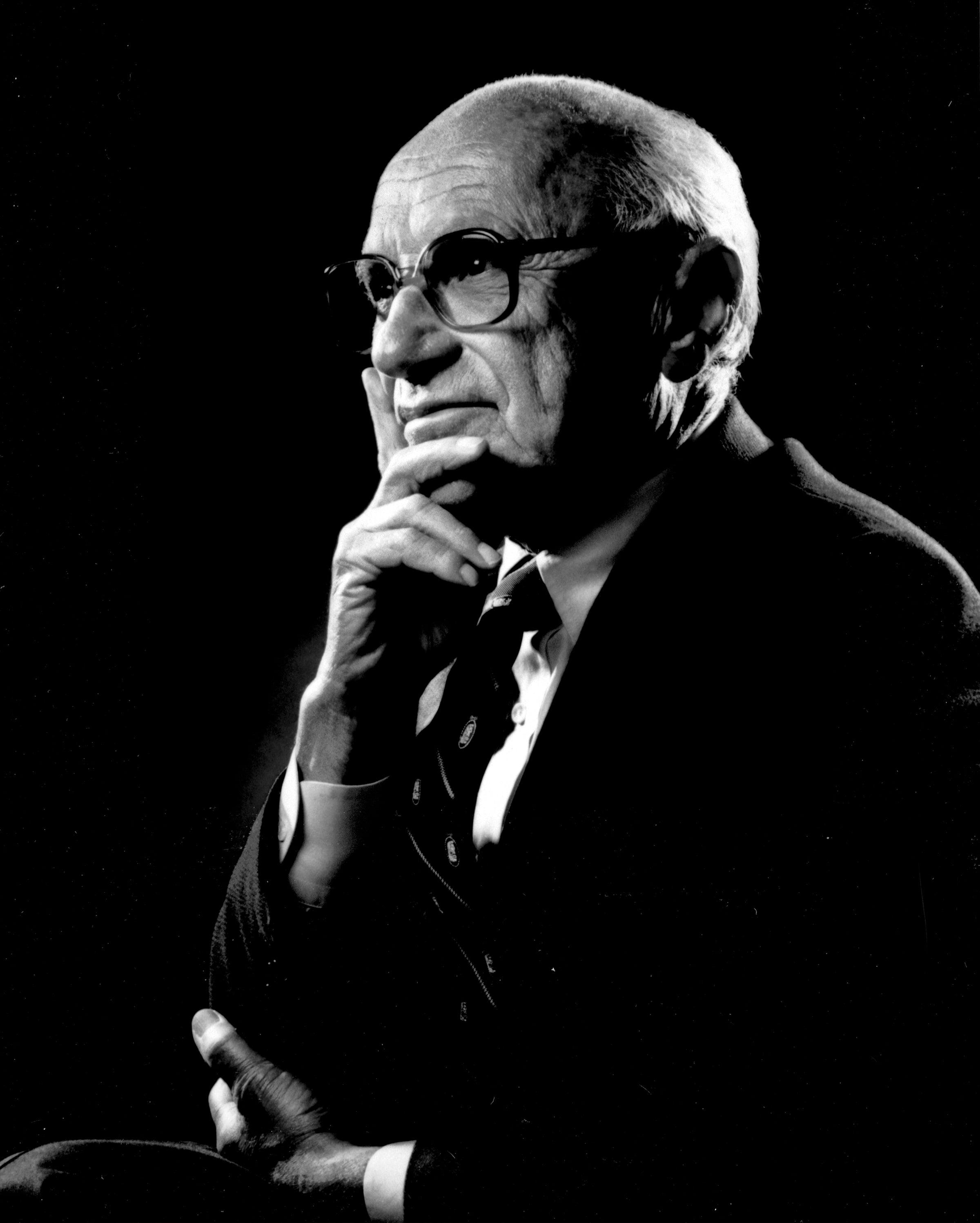 Milton Friedman, économiste et père de l'école de chicago
