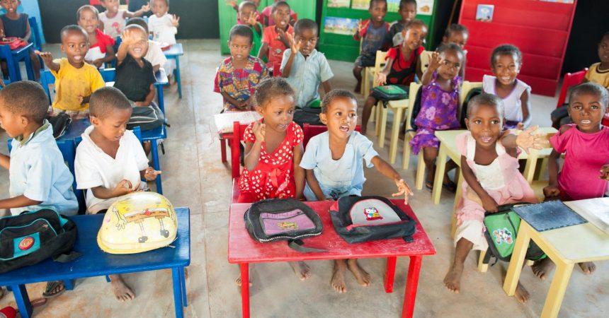 Des enfants malagasy à l'école