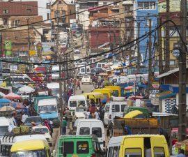 Embouteillage à Madagascar