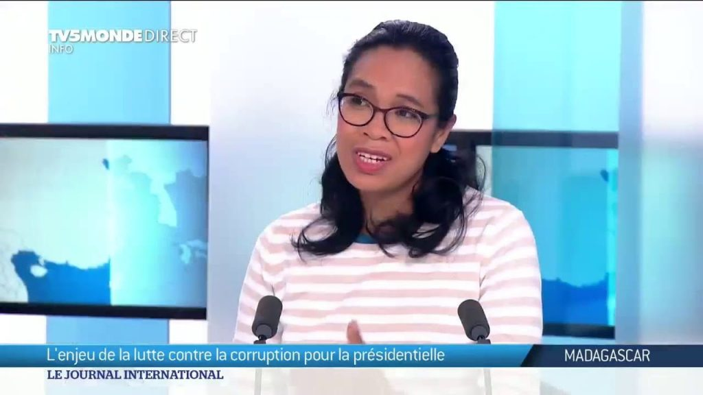 Mme Ketakandriana Rafitoson interviewé chez TV5 Monde