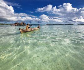 Une barque sur la mer à Madagascar