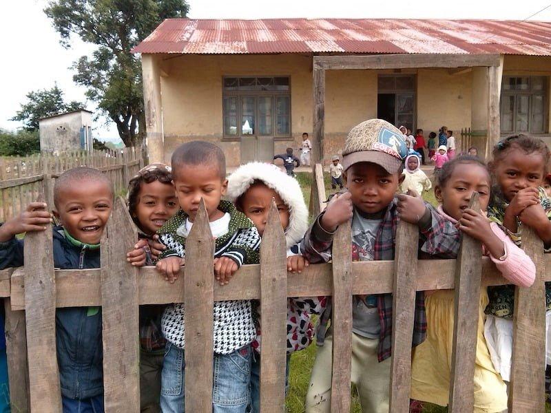 Enfants-ecole-Madagascar