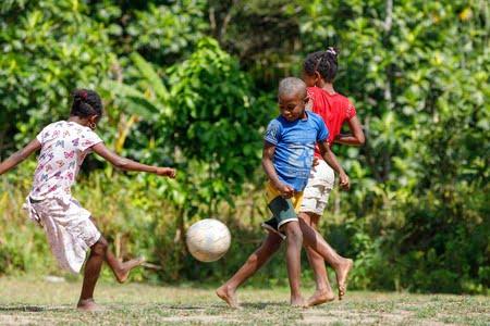 Le sport national, un Velirano primordial