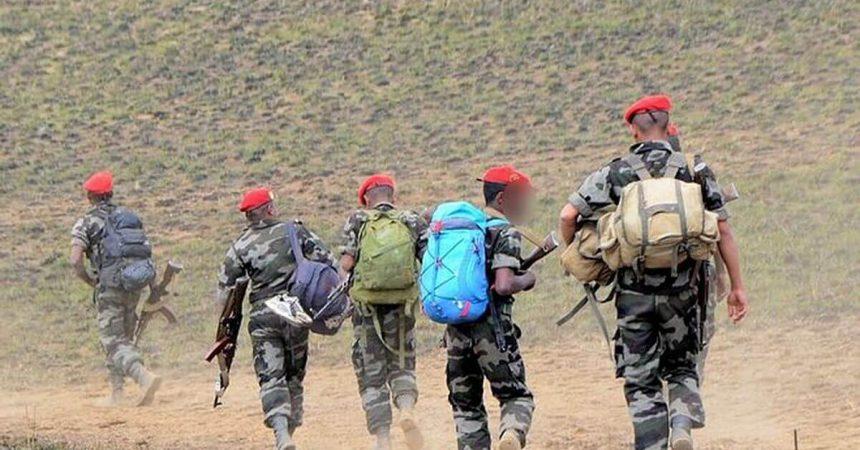 Des militaires qui protègent la population contre les dahalo, des bandits.